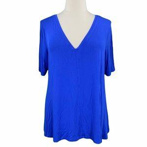 Lane Bryant Blue Flowy Short Sleeve V-Neck Tee